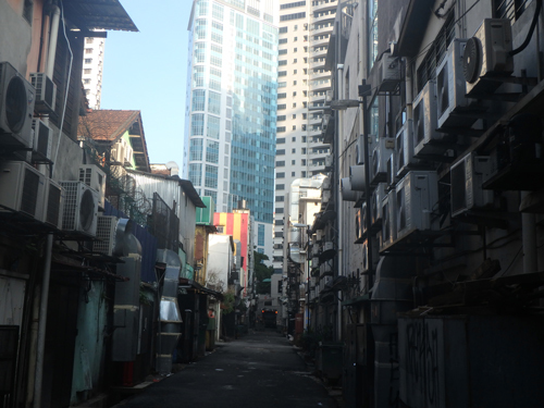 city-backsidestreet.jpg